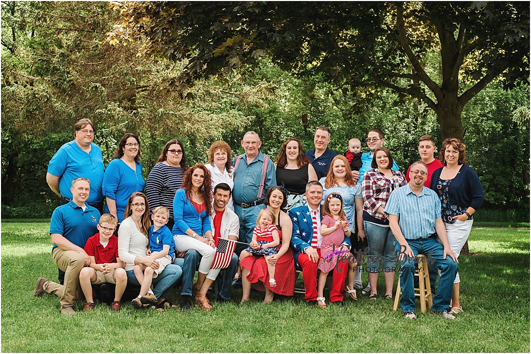 Extended family session, family pictures, grandparents and family, cousins, grandkids, park, Sun Prairie family photographer, Sun Prairie portrait photographer, Madison family photographer, red white and blue