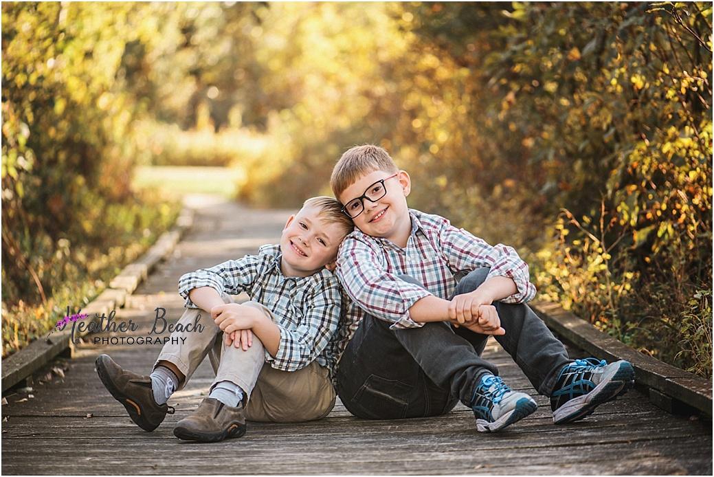 brothers, siblings, Sun Prairie child photography, Sun Prairie portrait photography, boys, Madison