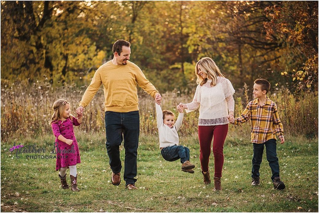 Sun Prairie portrait photographer, Madison portrait photographer, Sun Prairie family photographer, Madison family photographer, family of 5, child photography, family photography, Sun Prairie child photographer, silhouette, fall family photos.