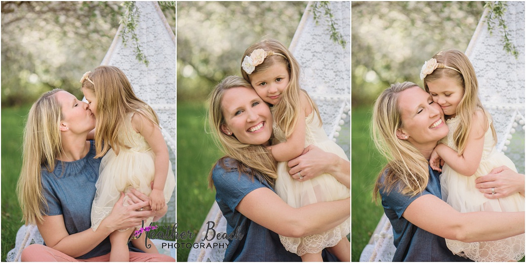Sun Prairie child photographer, Sun Prairie family photographer, Madison child photographer, Madison family photographer, Sun Prairie portrait photographer, photographer in Sun Prairie, sisters, teepee, snuggles, dancing, mommy and me photo session